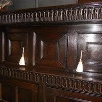 18 de eeuwse eiken cupboard